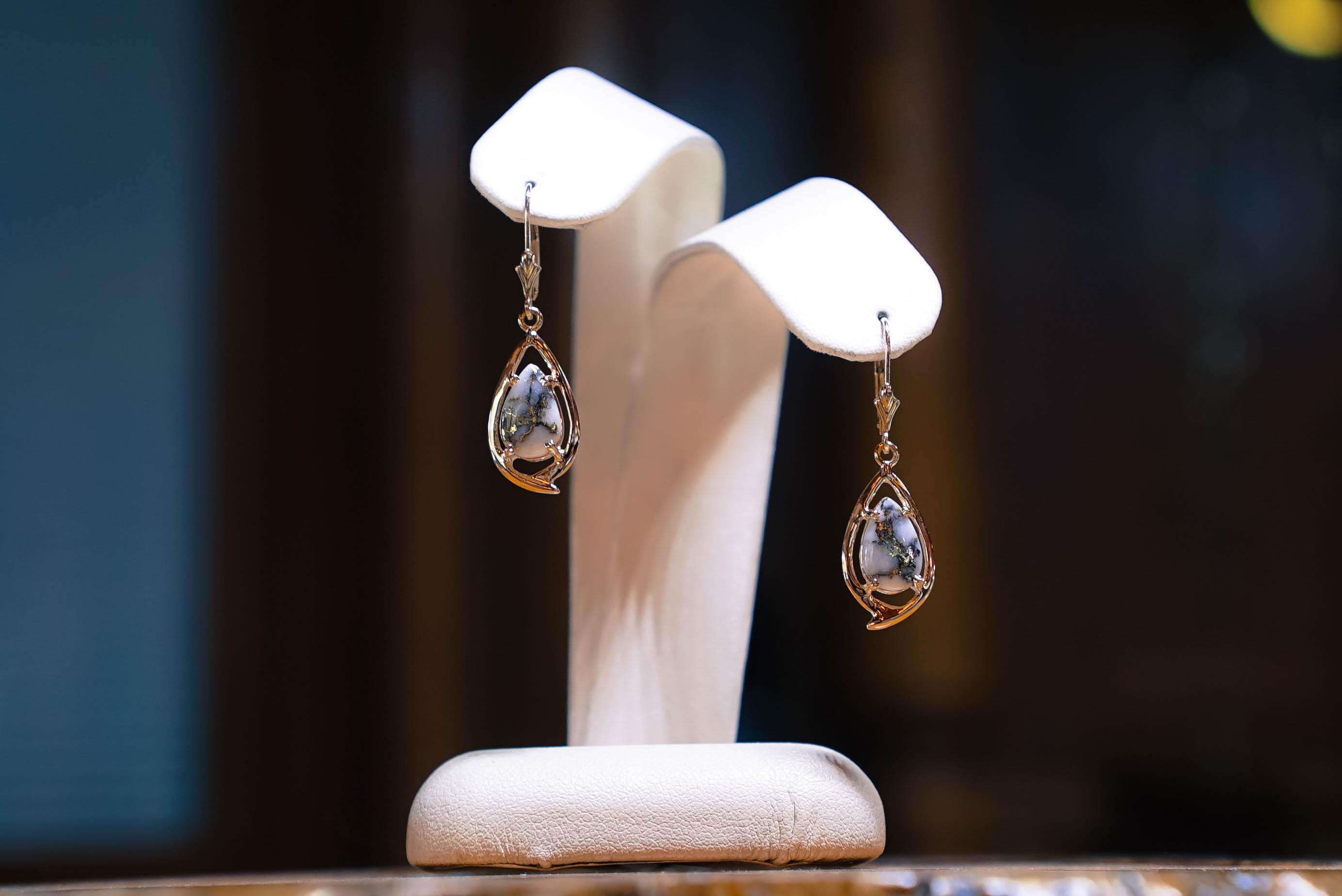 Jewelry Shoppe
