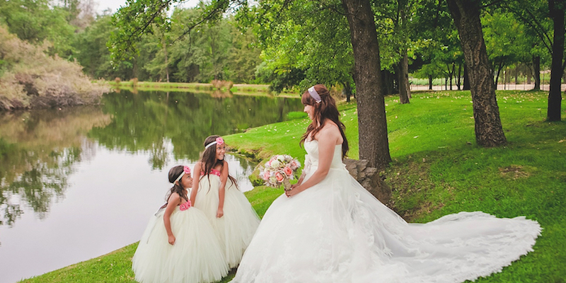 Ironstone Lakeside Garden Wedding